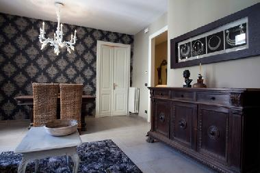 bed and breakfast torino amazing flat in san paolo lilly 39 s bed and breakfast italy bed. Black Bedroom Furniture Sets. Home Design Ideas