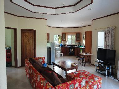 Holiday house dumaguete beach villa g1 holiday house for Living room designs philippines