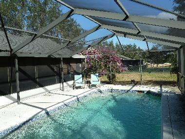 screened pool