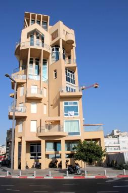 Pictures Holiday Apartment Tel Aviv Israel 2 Trumpeldor St On The Beach