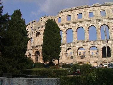 Pula, 60 minutes by car
