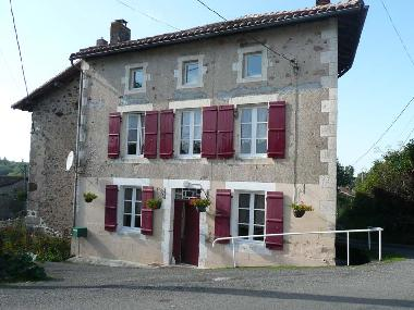 Bed and Breakfast in Exideuil sur Vienne (Charente) or holiday homes and vacation rentals
