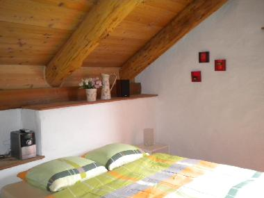 Holiday House in Aurigeno (Locarno) or holiday homes and vacation rentals