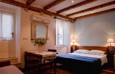 Bed and Breakfast in Dubrovnik (Dubrovacko-Neretvanska) or holiday homes and vacation rentals