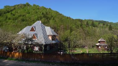 Holiday House in Viseu de Sus (Maramures) or holiday homes and vacation rentals