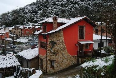 Holiday House in Carreña de Cabrales (Asturias) or holiday homes and vacation rentals
