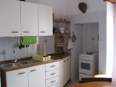 hall kitchen