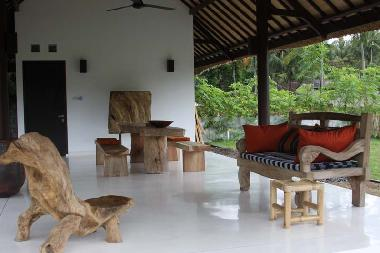 Villa in Batu Layar (Nusa Tenggara Barat) or holiday homes and vacation rentals