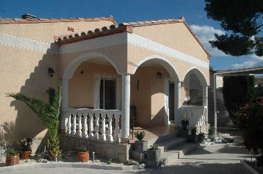 Holiday House in L'Ametlla de Mar (Tarragona) or holiday homes and vacation rentals