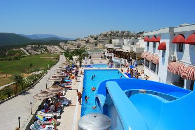 Flamingo Country Club Facilities -Pool Slide/Games Room/cafe/resturant/Sauna/Turkish Bath/Golf/Tenni