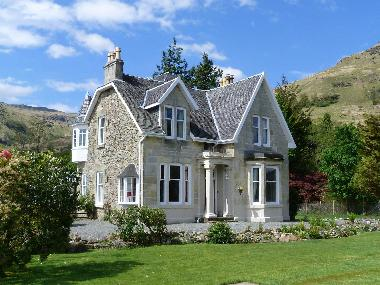 Holiday House in Carrick Castle (Highlands and Islands) or holiday homes and vacation rentals