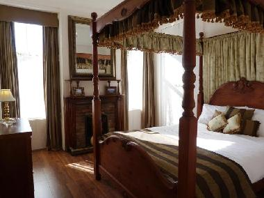 Ground Floor Bedroom with King sized four poster bed