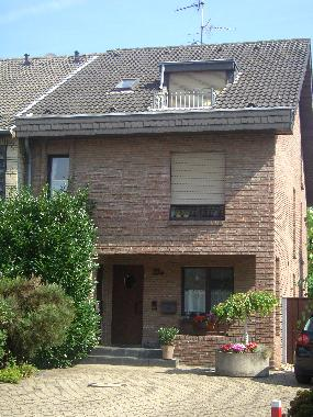 Holiday Apartment in Dormagen/Stürzelberg (Region Düsseldorf) or holiday homes and vacation rentals
