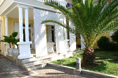 Holiday Apartment in Trou aux Biches (Pamplemousses) or holiday homes and vacation rentals