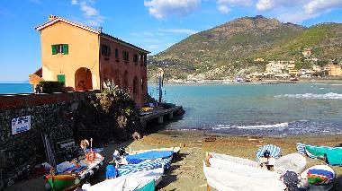 Vacation villa right on the beach in Levanto, Liguria Italy