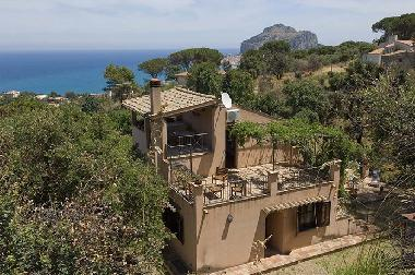 Holiday House in Tägerwilen (Trapani) or holiday homes and vacation rentals