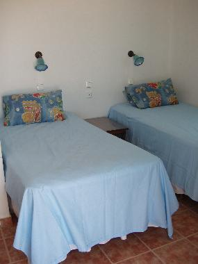 Holiday House in Aliki (Kyklades) or holiday homes and vacation rentals