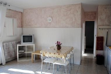 Holiday House in La Romieu (Gers) or holiday homes and vacation rentals