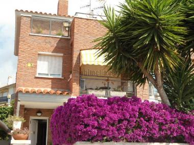 Holiday House in Sant Pere de Ribes (Barcelona) or holiday homes and vacation rentals