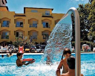 Hotel in Cesenatico (Forlì-Cesena) or holiday homes and vacation rentals