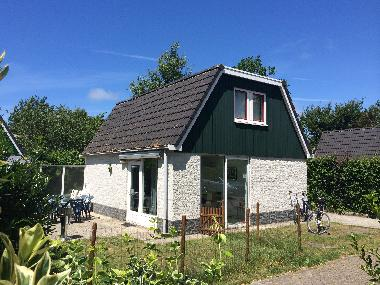 Holiday House in Sint. Maartenzee (Noord-Holland) or holiday homes and vacation rentals