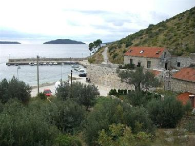 Holiday House in Trsteno (Dubrovacko-Neretvanska) or holiday homes and vacation rentals