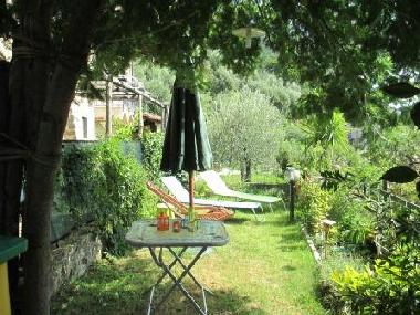 Holiday House in Correglia Antelminelli (Lucca) or holiday homes and vacation rentals