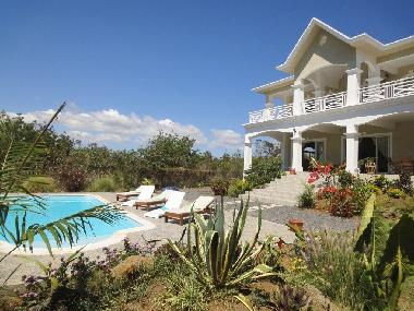 Villa in Grand Gaube (Grand Baie) or holiday homes and vacation rentals