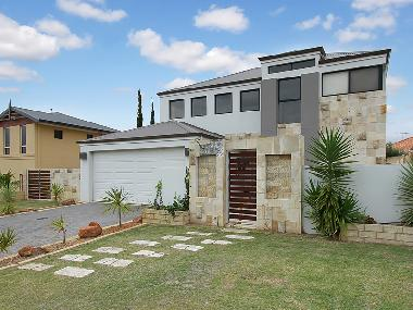 Holiday House in Mindarie (Western Australia) or holiday homes and vacation rentals
