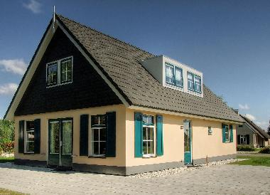 Villa in Vlagtwedde (Groningen) or holiday homes and vacation rentals