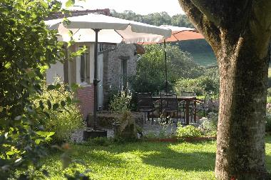 Holiday House in Lapeyrouse (Puy-de-Dôme) or holiday homes and vacation rentals