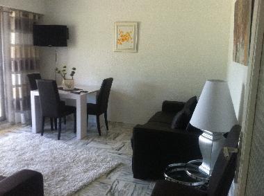 Holiday apartment villeneuve loubet le saphir holiday apartment france holiday apartment alpes - Home salon villeneuve loubet ...