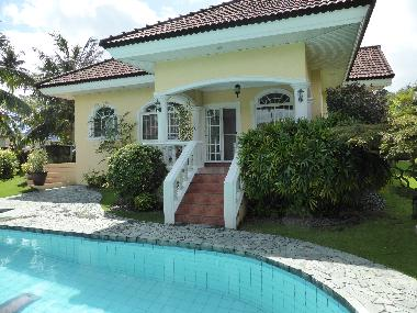 Pictures Holiday House Dumaguete Philippines Elegant Bungalow With Swimming Pool