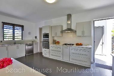 Holiday House in Cap Malheureux (Pereybere) or holiday homes and vacation rentals