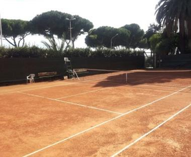 Tennis Court - Free for Guests 1 h a day on demand