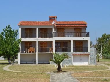 Holiday Apartment in Kalives poligiru (Chalkidiki) or holiday homes and vacation rentals
