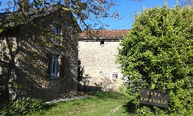 Holiday House in Saint Jean d'Alcapiès (Aveyron) or holiday homes and vacation rentals