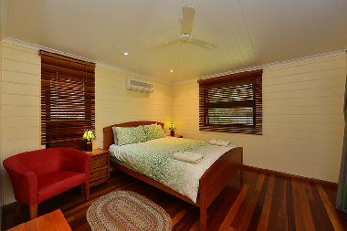 Chalet in Yungaburra (Queensland) or holiday homes and vacation rentals