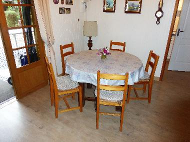 Holiday House in Grayan L´Hopital (Gironde) or holiday homes and vacation rentals