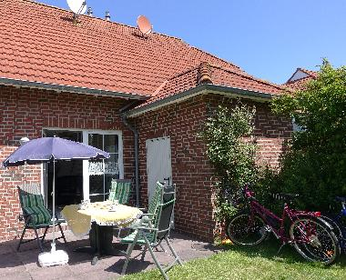 Holiday House in Nessmersiel (Nordsee-Festland / Ostfriesland) or holiday homes and vacation rentals